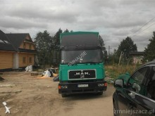 ciężarówka burtoplandeka MAN używana