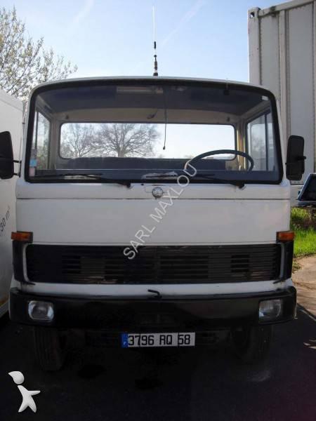 photos camion mercedes porte voitures mercedes occasion 1071005. Black Bedroom Furniture Sets. Home Design Ideas