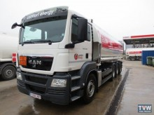 camion citerne hydrocarbures MAN occasion