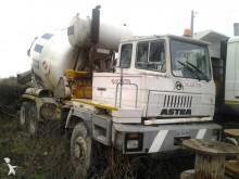 camión Astra