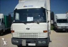 camion Nissan ECO T135
