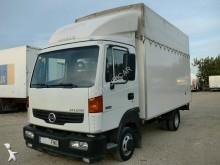 camion fourgon Nissan occasion