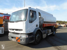 camión cisterna hidrocarburos Renault usado