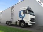vrachtwagen Volvo FH440 6X2 GLOBETROTTER EURO 4