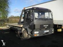 camión MAN LE 180 C