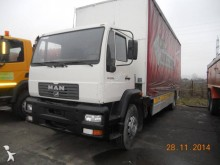 camion camion platforma cu prelata si obloane MAN second-hand