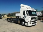 camión Volvo FM 440 6X2 CHASSIS