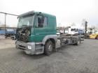 camion telaio Mercedes incidentato