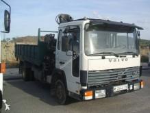 camión caja abierta Volvo usado