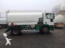 camion cisterna idrocarburi Iveco usato