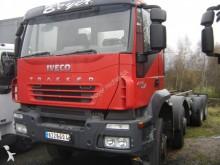 camion Iveco Trakker AD 340 T 45 P