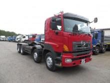 camión Hino 700 3421