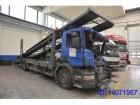 camion piattaforma Scania incidentato