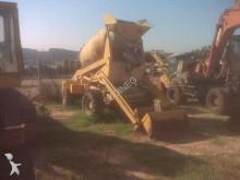 camion béton toupie / Malaxeur Comet