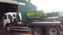 camión portacontenedores usado