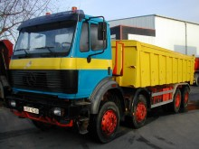 camion benă Mercedes second-hand