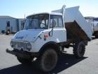 vrachtwagen Unimog U421