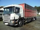 camião transporte de gados Scania usado