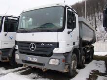 camion benă Mercedes second-hand
