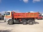 camion ribaltabile trilaterale Scania usato