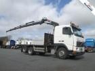 camion platformă Volvo second-hand