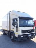 camión Volvo FL6 250