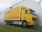 vrachtwagen Volvo FH12.420 6X2 MANUAL CLOSED BOX