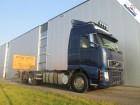 vrachtwagen Volvo FH12.460 6X2 GLOBETROTTER EURO 3