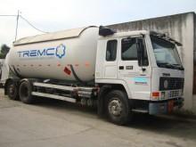 camião cisterna a gás usado