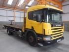 Scania 94D 18 TONNE FLATBED - 2001 - Y227 RVR truck