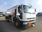 camion cisterna idrocarburi Renault usato
