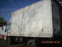 camion isotermico FAW incidentato