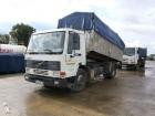camion benă transport cereale accidentat