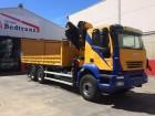 camión Iveco Trakker 330