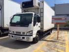 camião frigorífico porta carne Isuzu usado