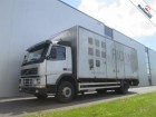 camión Volvo FM7.250 4X2 MANUAL BOX EURO 3