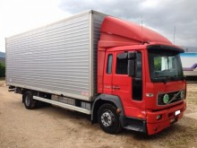 camión Volvo FL6 FL6-250