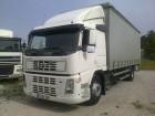 camião cortinas deslizantes (plcd) Volvo usado