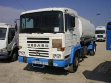 camion cisterna Pegaso usato