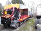 camion piattaforma MAN incidentato