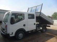 camión Nissan Cabstar 35 13