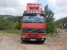camion transport buşteni Volvo second-hand
