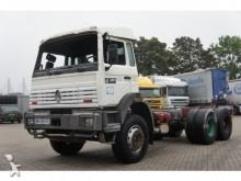 camion telaio Renault incidentato