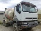 camión Renault Kerax 300.26