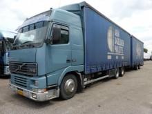 camión Volvo FH 12 6X2 volvume combi 117m3 hefdak