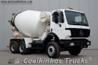 camião betão pião / Betoneira Mercedes usado