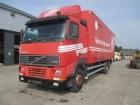 camión Volvo FH 12-380 (6X2)