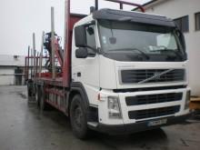 camion transport buşteni Volvo second-hand