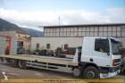 camion piattaforma DAF usato