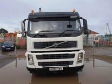 camión hormigón cuba / Mezclador Volvo usado